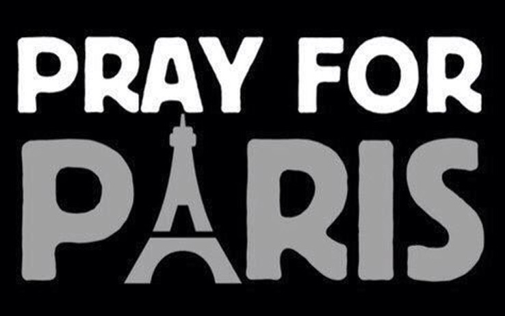 00_pray_4_paris_twitter
